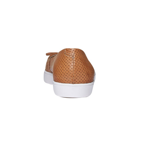 Ballerine di pelle con perforazioni bata, marrone, 524-3490 - 17