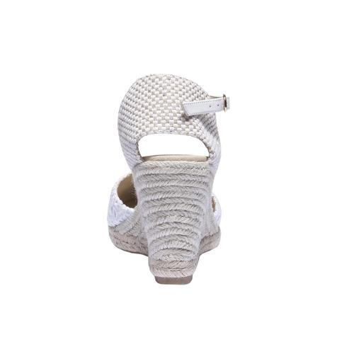 Sandali estivi con zeppa bata, bianco, 759-1117 - 17