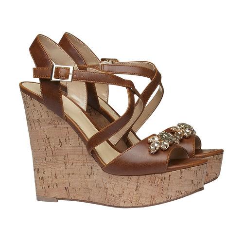 Sandali da donna con plateau bata, marrone, 761-4545 - 26