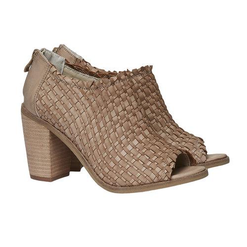 Sandali con punta aperta bata, marrone, 721-3945 - 26