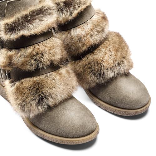 Ankle boots Michelle con dettagli in pelliccia bata, grigio, 593-2442 - 15