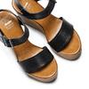 Sandali con zeppa bata, nero, 764-6435 - 26