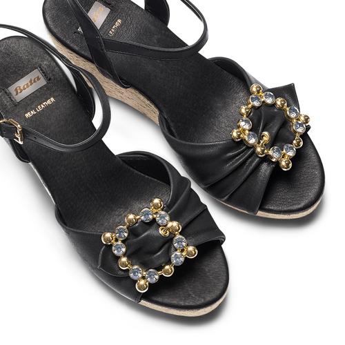 Sandali con applicazione bata, nero, 769-6237 - 26