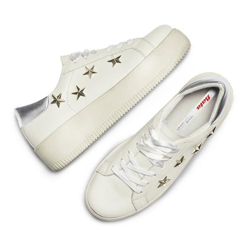 Sneakers platform con stelle bata, bianco, 541-1407 - 26